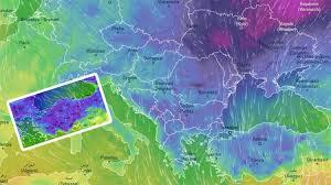 Yağışların genellikle yağmur ve sağanak, Ege ve Batı Akdeniz kıyılarında yer yer gök gürültülü sağanak, Muş'un yüksek kesimlerinde karla karışık yağmur ve kar şeklinde olması bekleniyor. Sabah ve gece saatlerinde iç ve doğu kesimlerde pus ve yer yer sis ile birlikte doğu bölgelerde buzlanma ve don olayının görüleceği tahmin ediliyor.