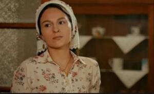 Selin Yeninci'nin Adana'da Koronavirüs'e yakalanmasının ardında tedaviye hemen başladığı ve kendisini karantinaya aldığı öğrenildi. Fakat bugün durumu ağırlaşan oyuncunun yoğun bakıma alındığı ortaya çıktı. Yoğun Bakıma Alındı!