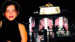 """BERNA'NIN MEZARINDA 'IŞIK GÖRMEYE ALIŞMIŞTIK' Ancak anne Ayşe Şallı evi eski olduğu ve kentsel dönüşüme girecek olmasından dolayı Kepez ilçesine taşındı. Taşınmayla birlikte mezarlıkta 17 yıldır yanan ışık söndü. Mezarlıkta yıllardır ışık görmeye alışan mezarlık görevlileri, """"O mezarlıkta ışığı görmeye alışmıştık. Artık yanmıyor. Mezarlığa yakın olan vatandaşlar da bize gelip 'Bir şey mi oldu' diye soruyorlar. Işıklar içinde uyusun, mekânı cennet olsun."""
