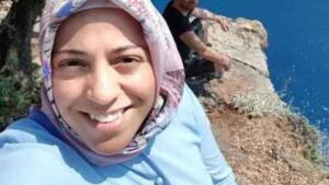 Muğla'nın Fethiye ilçesi sınırlarında bulunan Kelebekler Vadisi'nde 19 Haziran 2018'de fotoğraf çektirirken kayalıklardan düşen 7 aylık hamile Semra Aysal'ın ölümünün ardından soruşturma başlatıldı. Toplanan delillerin ardından Aysal'ın kocası H.A. eşini öldürdüğü iddiasıyla tutuklandı. H.A hakkında kasten öldürme, canavarca hisle veya eziyet çektirerek öldürme, tasarlayarak öldürme, eşi kasten öldürme, gebe olduğu bilenen kadını öldürme suçlarında hazırlanan iddianame Fethiye Ağır Ceza Mahkemesi'nce kabul edildi.