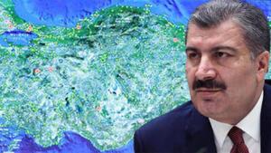 Karadeniz'de 5 il için 15 gün sokağa çıkma yasağı! O iller için başka çare kalmadı. SAĞLIK Bakanı Fahrettin Koca'nın haftalık il il paylaştığı vaka sayılarında Karadeniz Bölgesi'nde bulunan 5 ilde artan vakaların önüne geçilemediği net olarak görülüyor. Trabzon, Rize, Ordu, Giresun ve Samsun'da devam eden vaka artışı nedeniyle bölgede bulunan uzmanlar 15 gün sokağa çıkma y-as-ağı ve seyahat y-asa-ğı gelmesi gerektiğini söylüyor.