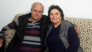 AYDIN'ın Söke ilçesinde koronavirüse yakalanan Yılmaz Karınca (67) ile eşi Meral Karınca (63), tedavi gördükleri hastanede 3 saat arayla hayatlarını kaybetti. Fevzipaşa Mahallesi'nde yaşayan 2 çocuklu Yılmaz-Meral Karınca çifti, bir süre önce koronavirüse yakalandı. Çift, Söke Fehime Faik Kocagöz Devlet Hastanesi yoğun bakım ünitesinde tedaviye alındı. Doktorların tüm müdahalesine rağmen dün akşam Yılmaz Karınca, hayatını kaybetti. 3 saat sonra de eşi Meral Karaca'dan acı haber geldi. Karınca çifti, bugün Söke Çimento Asri Mezarlığı'nda toprağa verildi