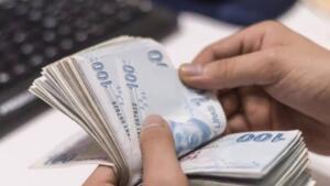 Emeklilere maaşın yüzde 4-5'i oranında verilen ek ödeme için Türkiye Emekliler Derneği'nden (TÜED) 'Yüzde 8 ya da 10 olsun' teklifi geldi. Talep hayata geçerse, gelirlerde 414 liraya varan artış olacak. Peki, teklif kabul edilirse hangi emekli ne kadar maaş alacak? İşte SSK ve Bağ-Kur emeklilerinin merak ettiği tüm detaylar...