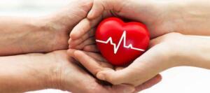 4- Dermansızlık Sık sık yorgun ve güçsüz hissediyorsanız bunun nedeni akciğerlerinize yeterince kan gitmemesi olabilir. Kronik yorgunluk sendromuna sahip kişilerde kalp krizi riskine sıkça rastlanmaktadır. 5- Baş dönmesi ve soğuk terleme Aşırı terleme kalp krizi belirtilerindendir. Eğer aşırı ve sık terliyorsanız, doktora görünmeniz tavsiye edilir.