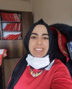 Malatya'nın Doğanşehir ilçesinde görevli 28 yaşındaki Cumhuriyet Savcısı Sultan Beyza Boyalı, korona virüs nedeniyle hayatını kaybetti.