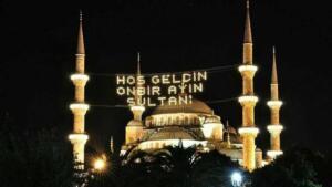 """RAMAZAN AYI YASAKLARI NELER? Türkiye genelinde ramazan ayı boyunca toplu iftar ve sahur gibi etkinlikler olmayacak.Diyanet İşleri Başkanı Ali Erbaş, teravih namazı için şu açıklamayı yaptı; """"Yaptığımız istişareler neticesinde teravih namazını camilerde değil evlerimizde kılmanın uygun olduğuna karar verdik."""""""