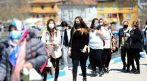 Sağlık Bakanı Fahrettin Koca, illere göre haftalık vaka sayısını duyurdu. Çanakkale, İstanbul, Yalova, Kırklareli ve Tekirdağ en çok vaka görülen iller olurken, en az vakanın görüldüğü iller ise Şırnak, Siirt, Van, Şanlıurfa ve Hakkari oldu. Öte yandan İstanbul'da vaka sayıları 5 haftada 5 kat arttı.