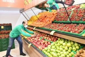 Türkiye Tarım Kredi Kooperatifi marketlerinin 205'inci şubesi, Ankara'nın Çankaya ilçesinde açıldı. Genel Müdür Fahrettin Poyraz, mayıs sonu itibarıyla 300, yıl sonuna kadar da 500 market sayısını yakalayacaklarını söyledi.