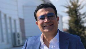 Ankara oyun havalarıyla adından söz ettiren ünlü şarkıcı Oğuz Yılmaz'dan gelen kötü haber sevenlerini üzdü. İki çocuk babası Yılmaz, geçirdiği kalp krizi sonucu 53 yaşında hayatını kaybetti.