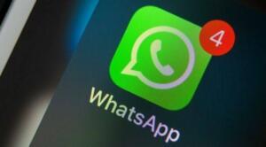 Daha öncesinde sözleşmeyi kabul etmeyenlerin hesabının silineceğini açıklayan WhatsApp diğer mesajlaşma uygulamalarına büyük bir kullanıcı kitlesinin geçmesine neden olmuştu. Yeni açıklamada hiçbir kullanıcı hesabının silinmeyeceğinin altını çizen şirket, aslında kullanıcıya iki seçenek sunuyor. Sözleşmenin kabul edilmesi ya da sohbetlerinizi Android veya iOS'da kullanılabilir diğer mesajlaşma programlarına aktarma seçeneği sunan WhatsApp, hesaba ait bir rapor indirmek isteyene de bu seçeneği sunacak. Bu açıklamanın ardından şirketin gelecek tepkilere karşı nasıl bir karşılık vereceği merak ediliyor.