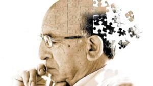 """Diyetisyen Ayşe Tuğba Şengel 65 yaş ve üstündeki her 15 kişiden birinde görülen Alzheimer'ın nedenlerinin arasında yaşlılık, kalıtsal özellikler ve travmalar yer aldığını belirtirken hangi besinleri tüketmemiz gerektiği konusunu ele alıyor; """"Henüz kesin tedavisi bulunamayan bu hastalığın oluşumunu engelleyecek, beyin fonksiyonlarını güçlendirecek ve hafızayı kuvvetlendirecek çeşitli besinlerin olduğu biliniyor. Sağlıklı ve dengeli beslenerek Alzheimer gibi hastalıkların önüne geçilebiliyor."""