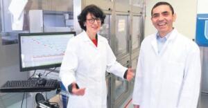 Dünya genelinde ilk onaylanan koronavirüs aşısı Pfizer – BioNTech'i geliştiren Prof. Dr. Uğur Şahin, koronavirüs salgınıyla ilgili önemli açıklamalar yaptı. Şahin, Kovid-19 salgınının dünyanın gördüğü en kötü salgın olmayacağını ve gelecekteki salgınlar için hazırlıklı olmak gerektiğinin altını çizdi.