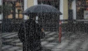 gürültülü sağanak yağışlı 28 Trabzon: Parçalı ve çok bulutlu, akşam saatlerinden itibaren yerel olmak üzere aralıklı sağanak ve gök gürültülü sağanak yağışlı 28 Erzurum: Parçalı, zamanla çok bulutlu, öğle saatlerinden sonra yerel olmak üzere sağanak ve gök gürültülü sağanak yağışlı 33 Diyarbakır: Az bulutlu ve açık 41