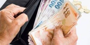 """38 MİLYAR TL'LİK BİR ÖDEME GERÇEKLEŞTİRECEĞİZ"""" Erdoğan, konuşmasına şöyle devam etti: """"Emeklilerimizin Temmuz ayı emekli aylıkları ile emekli ikramiyelerini de Kurban Bayramı öncesinde ödeyeceğiz. Toplamda 38 milyar liralık bir ödeme gerçekleştireceğiz. Türkiye ekonomisinin en sağlam alanlarından bir tanesi de kamu maliyesidir. Son derece güçlü bir bütçe performansı gösterdik. Vergi politikalarında gelir ihtiyacı ile vergi yükü arasındaki hassas dengeyi korumak için büyük özen gösteriyoruz."""""""