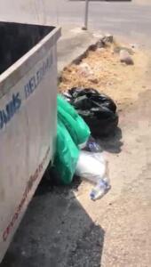 Yangınla mücadele eden personelin sularını çöpe atıp, üstüne pişkin pişkin savunma yaptılarYANGIN BÖLGESİNE GÖTÜRMEKLE GÖREVLİLERİlçe Emniyet Müdürlüğü'ne götürülen 3 şüphelinin işlemleri sürerken, sabıkaları ve herhangi bir siyasi partiye üyelikleri olmadığı kurulan destek merkezinden getirilen yiyecek ve içecekleri yangın bölgesinde söndürme çalışmalarına götürmekle görevli ekipte yer aldıkları bildirildi.