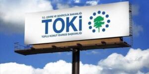 """Açık artırmaya ilişkin bankacılık hizmetleri, Türkiye Halk Bankası ve T.C. Ziraat Bankası tarafından yürütülecek. Başvurular ve teminatlar, bu bankaların tüm şubeleri aracılığıyla kabul edilecek. Ayrıntılı bilgilere, """"www.toki.gov.tr"""" ile """"www.emlakmuzayede.com.tr"""" internet adreslerinden ve """"444 86 54"""" numaralı telefondan ulaşılabilecek."""