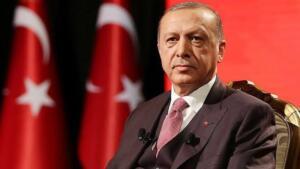 Ulusal Genç İstihdam Stratejisi ve Eylem Planı'na (2021-2023) ilişkin Cumhurbaşkanlığı Genelgesi Resmi Gazete'de yayımlanmıştı. Başkan Erdoğan, milyonlarca genci ilgilendiren eylem planından önemli detaylar paylaştı. BAŞKAN ERDOĞAN: ŞİMDİDEN HAYIRLI OLSUN... Sosyal medya hesabından açıklama yapan Başkan Erdoğan, ''Türkiye genç nüfus bakımından çok az ülkenin sahip olduğu büyük bir potansiyele sahip…Bu potansiyelin değerlendirilmesi açısından oldukça önemli bir adım olan Ulusal Genç İstihdam Stratejisi ve Eylem Planı'nın şimdiden tüm gençlerimize hayırlı olmasını diliyorum.'' ifadelerini kullandı.